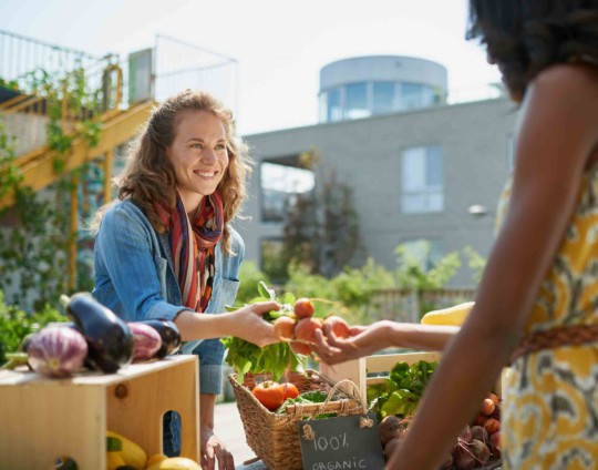 5 Alimentos ideales para ayudarte a superar los sofocos de la menopausia