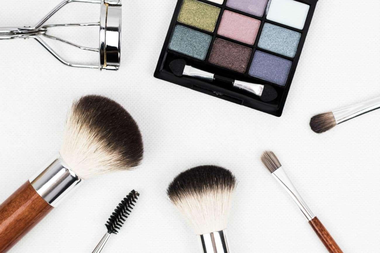 Actilife-actifemme-maquillaje-barrera-cosmetica-mujer