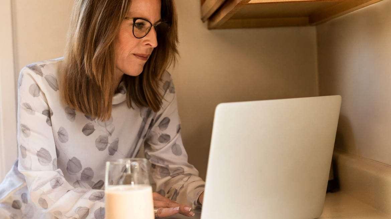 8 de las más importantes alteraciones hormonales que provoca la menopausia