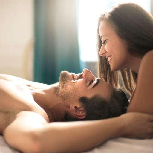 Las 6 mejores posiciones para disfrutar del sexo en tu hotel de vacaciones