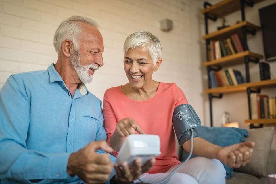 La prevención y el control de la tensión alta en la menopausia es esencial. Actifemme RESD3, el antioxidante desarrollado con nanotecnología y cardioprotector.
